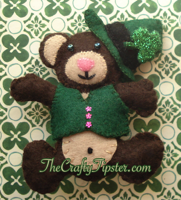 St. Patrick's Day Bear & Pattern