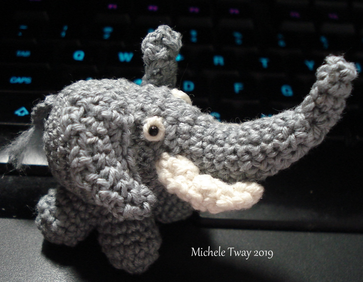 itty bitty crochet elephant
